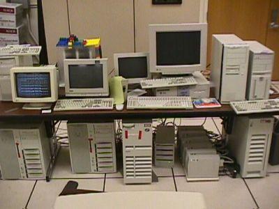 google 1997. (Google 1997年的硬體設備)